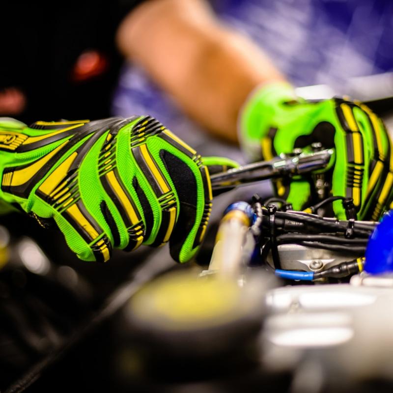 Cut 5 Impact Hi-Viz Protective Gloves
